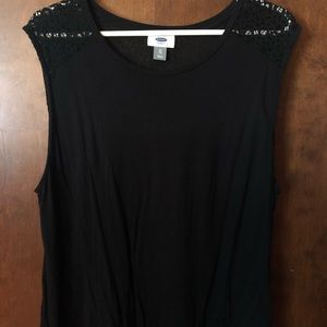 Black Sleeveless Old Navy Shirt